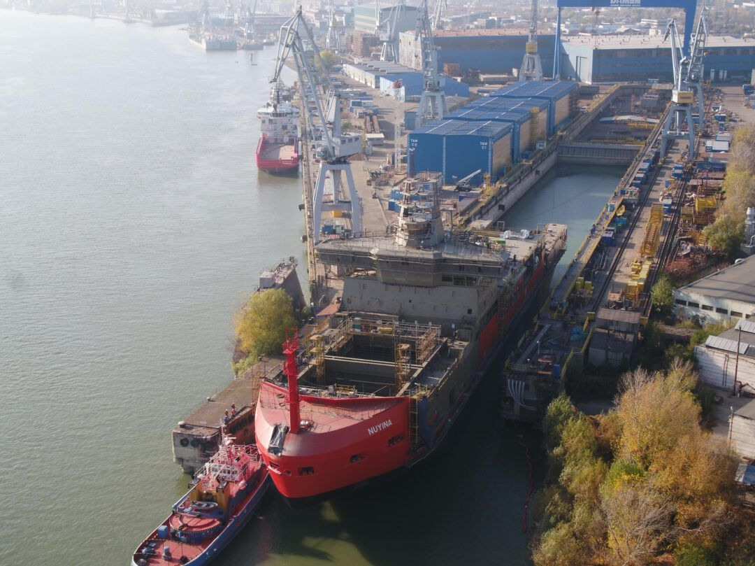 Lifting ASRV with Damen Schelde